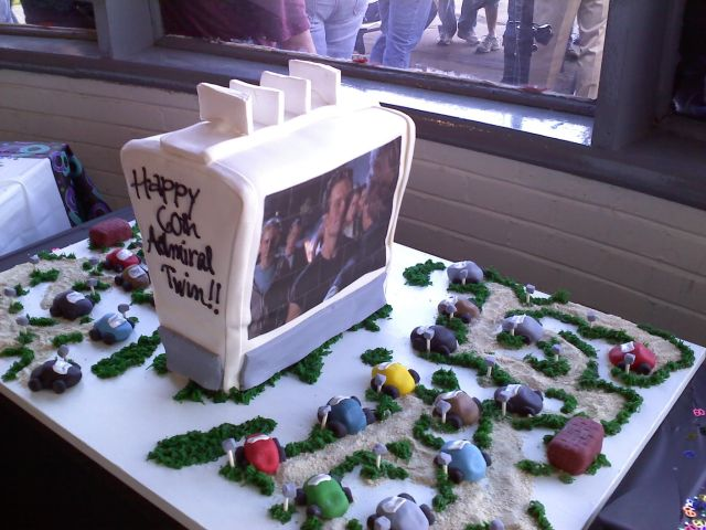 Admiral Twin's 60th cake. Photo by Gaye Brown